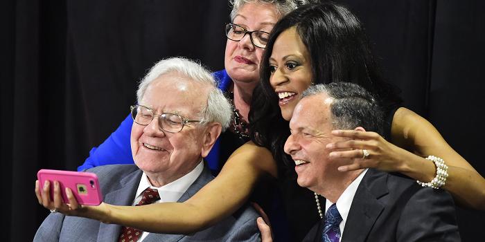 Warren Buffett's 9 favoriete beleggingsboeken