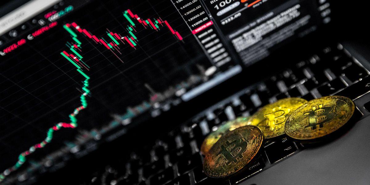Prijsanalyse: Bitcoin wacht op uitbraak