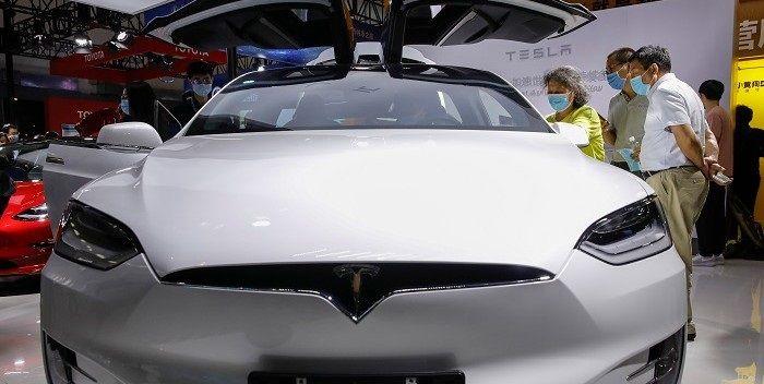 Buffetts dotcomwaarschuwing geldt ook voor elektrische auto's