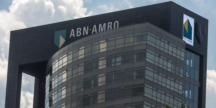ABN Amro haalt decharge van agenda