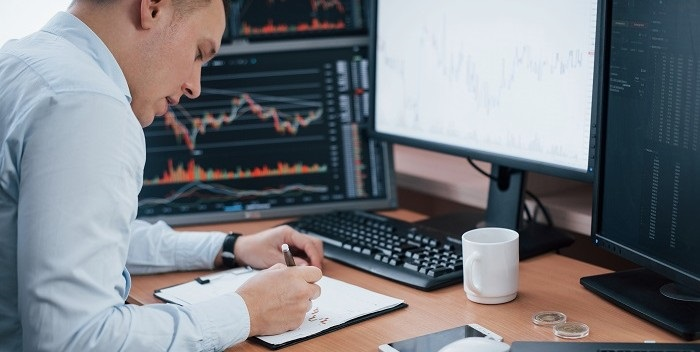 Grootste deel beleggers blijft zitten of investeert nog meer dit jaar