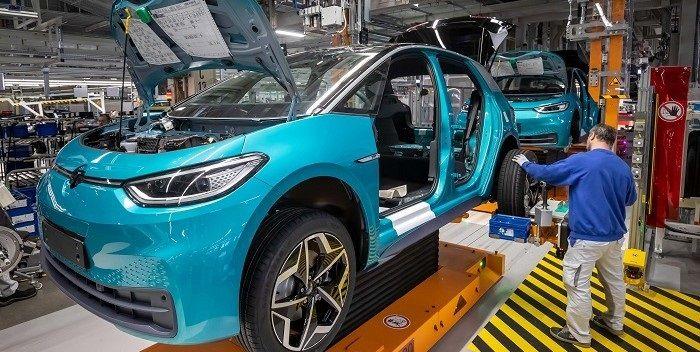 'Volkswagen heeft beste papieren om het Tesla moeilijk te maken'