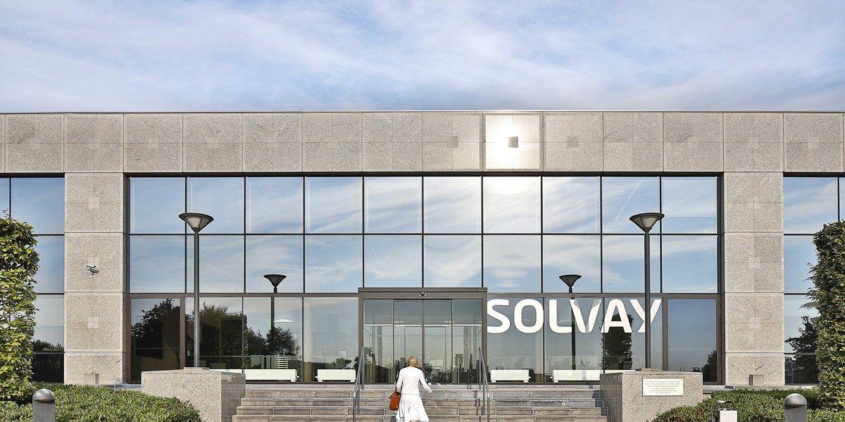 Correctie: Solvay verslaat eigen prognoses en analistenverwachtingen