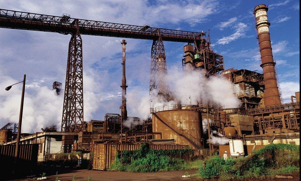 ArcelorMittal lost deel leningen af