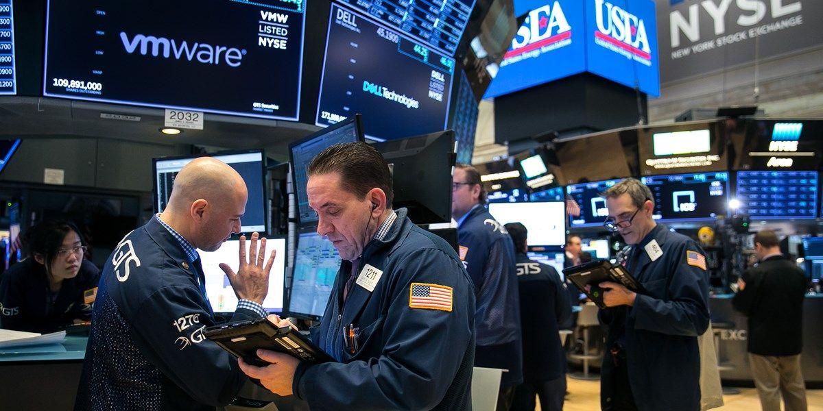 Wall Street noteert verdeeld