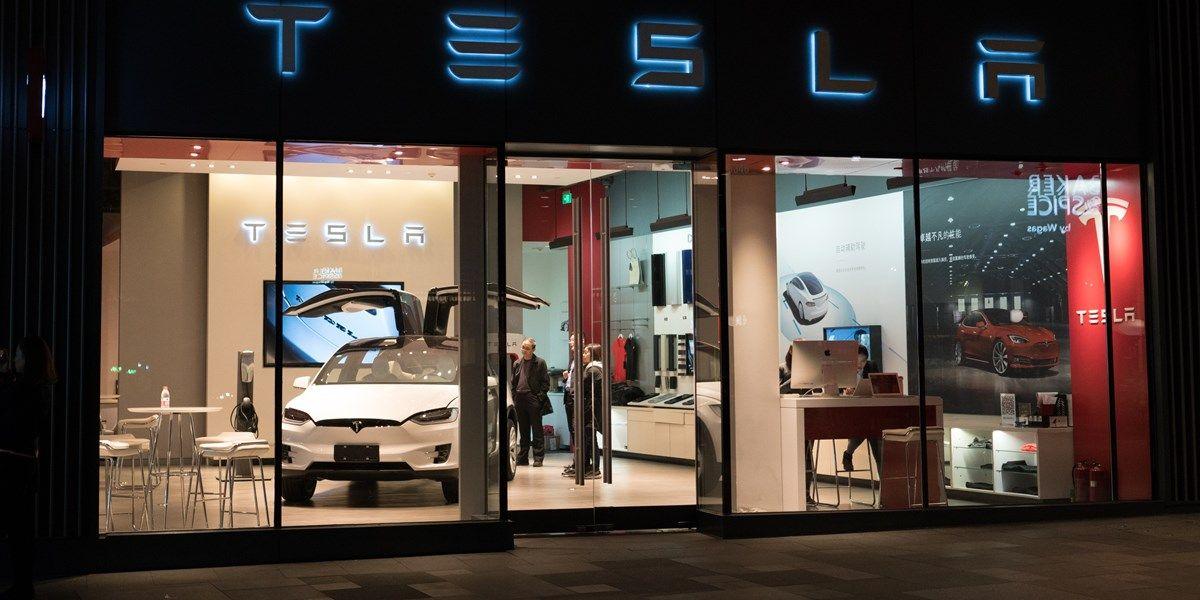 Tesla overtreft verwachtingen