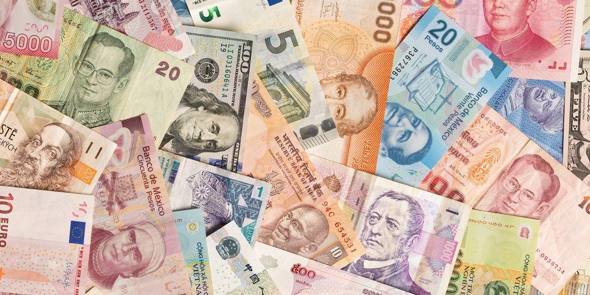 Valuta: dollar iets verzwakt