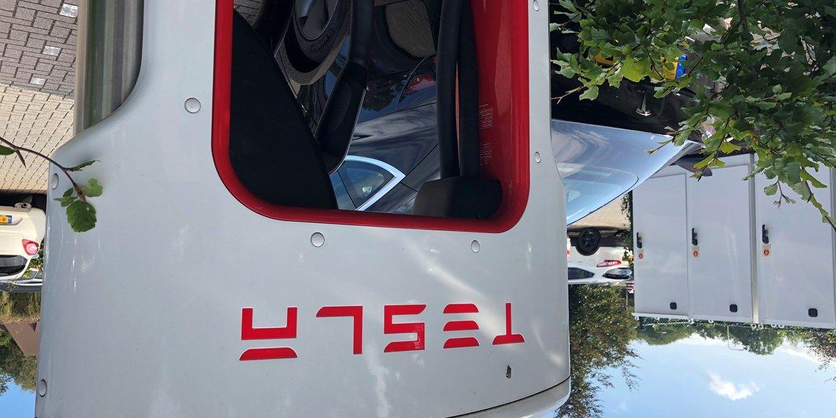 Musk verwacht Roadster pas in 2023 te leveren door tekorten