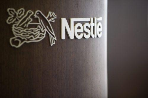 'Nestlé onderzoekt verkleinen belang L'Oreal'