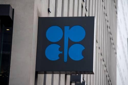 Olieprijzen hard omlaag
