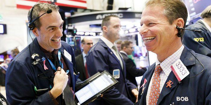 Wall Street stijgt door handelshoop