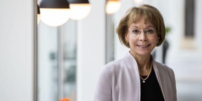 Beloning topvrouw Wolters Kluwer loopt op tot 8 miljoen euro