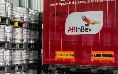 Brouwer AB InBev wil met lager dividend 1 miljard euro besparen