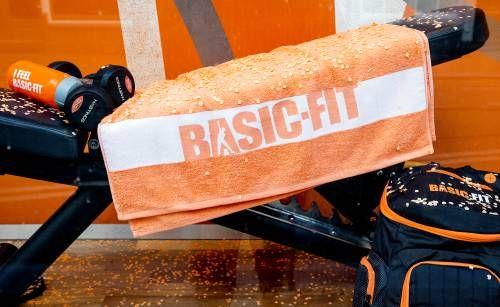 Basic-Fit schiet omhoog na sportschoolbesluit