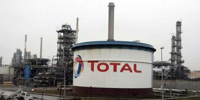 Total schrijft miljarden af op Canadese bezittingen
