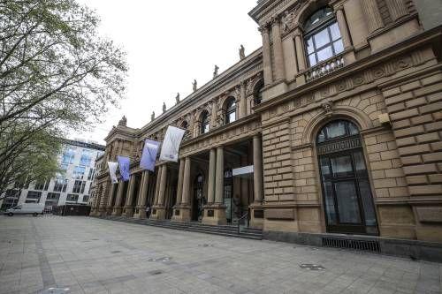 Duitse beurs onderuit na omzetalarm SAP