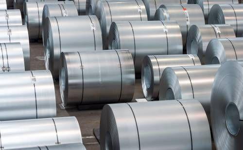 'Metalenbedrijf AMG krabbelt op van bodem'