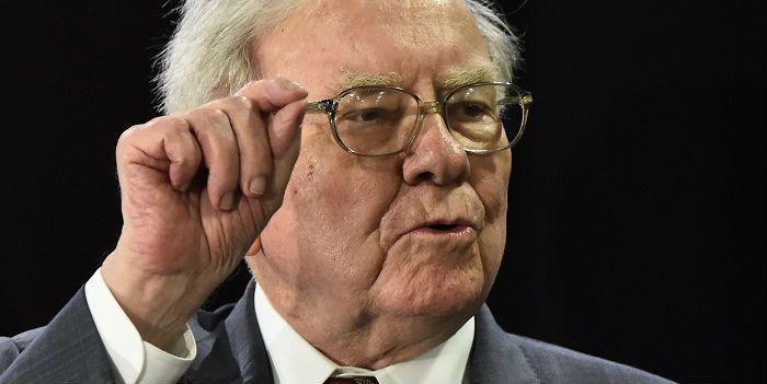 Warren Buffett zet in op vaccinmakers Pfizer en Merck