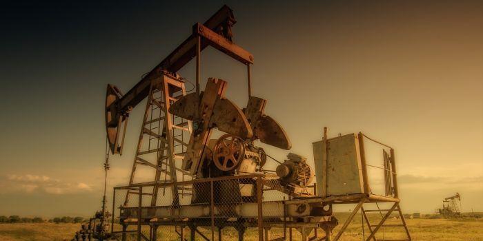 Abu Dhabi steekt 122 miljard dollar in olie in komende jaren
