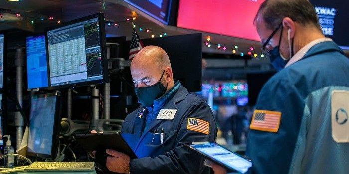 Steundebat en ww-aanvragen zetten Wall Street lager
