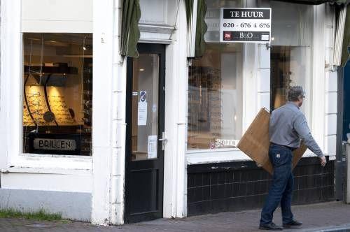 Kabinet moet huurverlaging getroffen ondernemers afdwingen