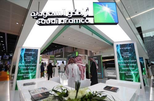 Saudi Aramco blijft aandeelhouders fiks belonen ondanks winstval