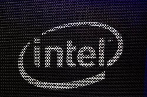 Chipbedrijf Intel steekt miljarden in uitbreiding productie