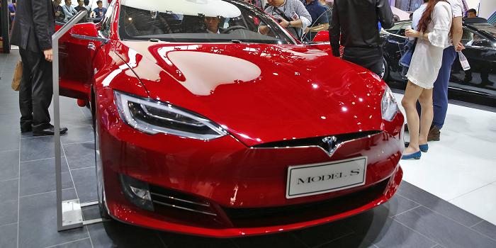 Amerikanen kunnen Tesla met bitcoins afrekenen