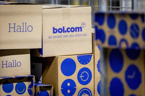 'Kortingen op adviesprijzen bij webwinkels misleiden consument'