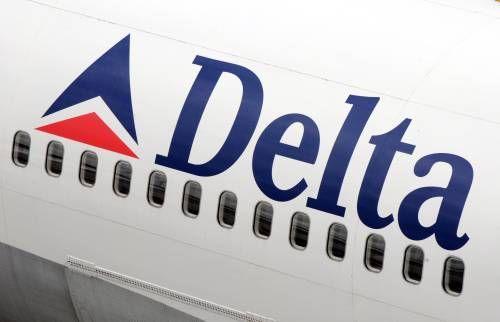 Vliegmaatschappij Delta houdt middelste stoel niet meer vrij